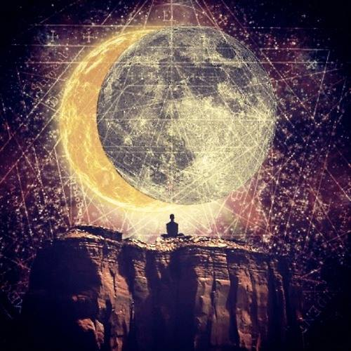 Today is the New Moon and a powerful time to set your intentions . Do yourself a favor and spend a few moments getting clear about what it is you desire and would like to bring into your life. The universe is awaiting your guidance. Happy manifesting!
