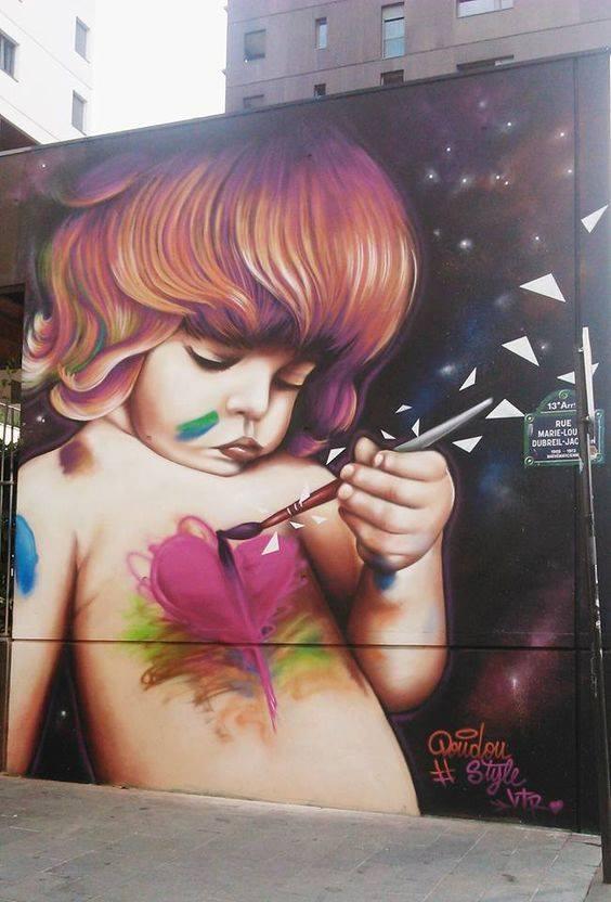 street art paint heart